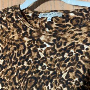 Jones New York Sport shirt M leopard like new